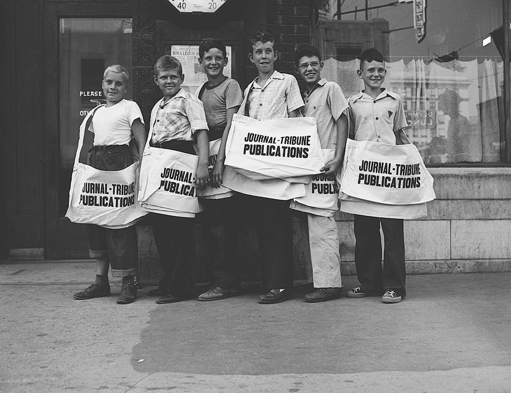 Journal-Tribune paperboys, Sioux City, 1954. Courtesy Sioux City Public Museum