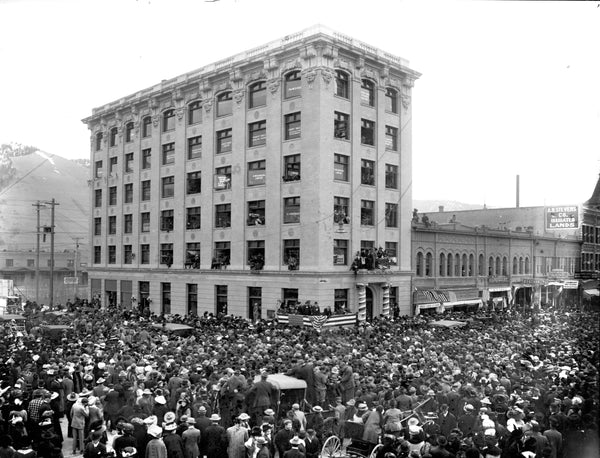 Former president Theodore Roosevelt campaigning in front of the Western Montana Bank building in Missoula, circa 1911. -- Courtesy of Maureen and Mike Mansfield Library, The University of Montana-Missoula (486-IX_122-021)