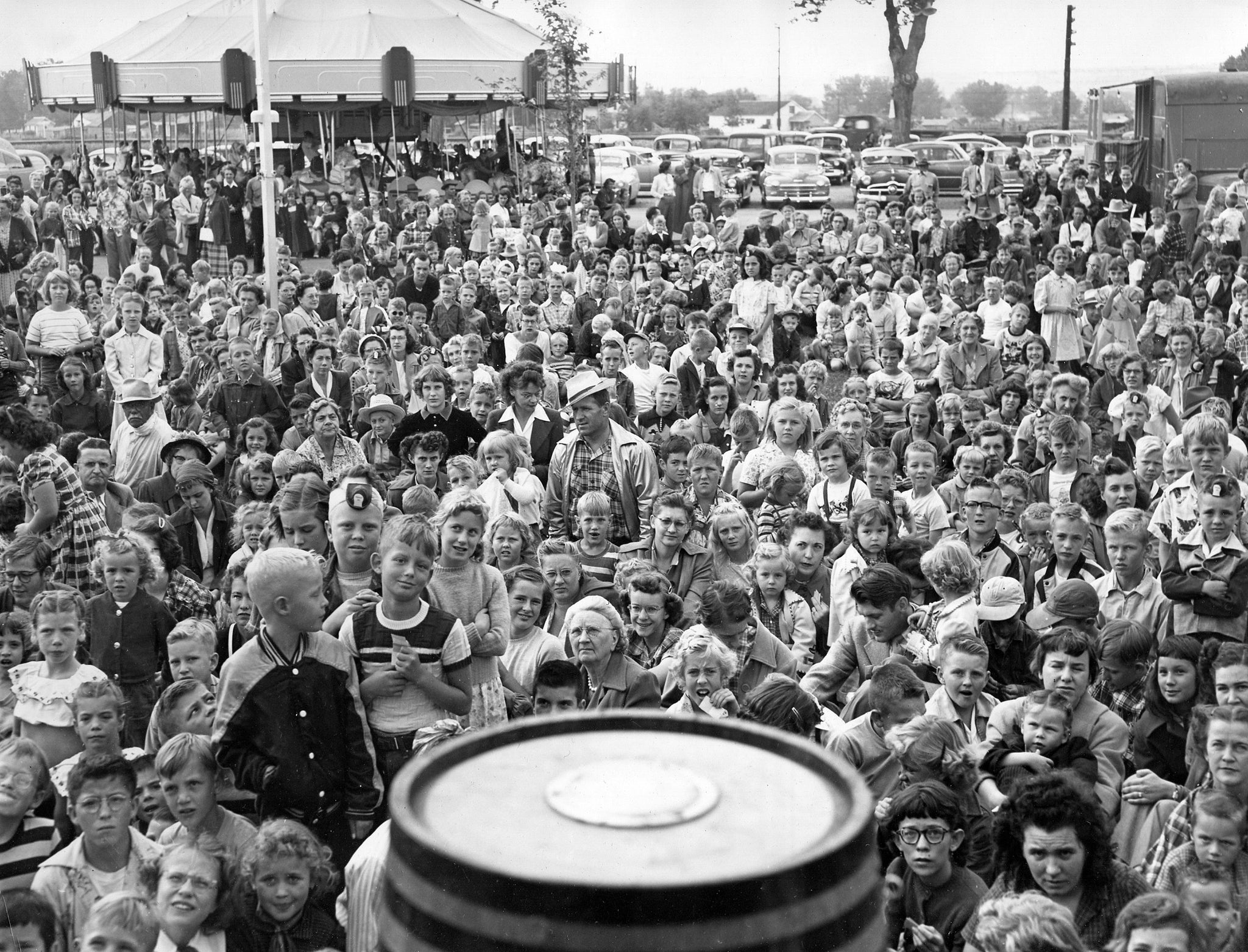 "The crowd for Bozo Day at Wonderland amusement park, 1954. Bozo ""the Capitol Clown,"" known at the time for his best-selling children's records on Capitol Records, was featured at Wonderland for special events. -- Foote Collection, Western Heritage Center"