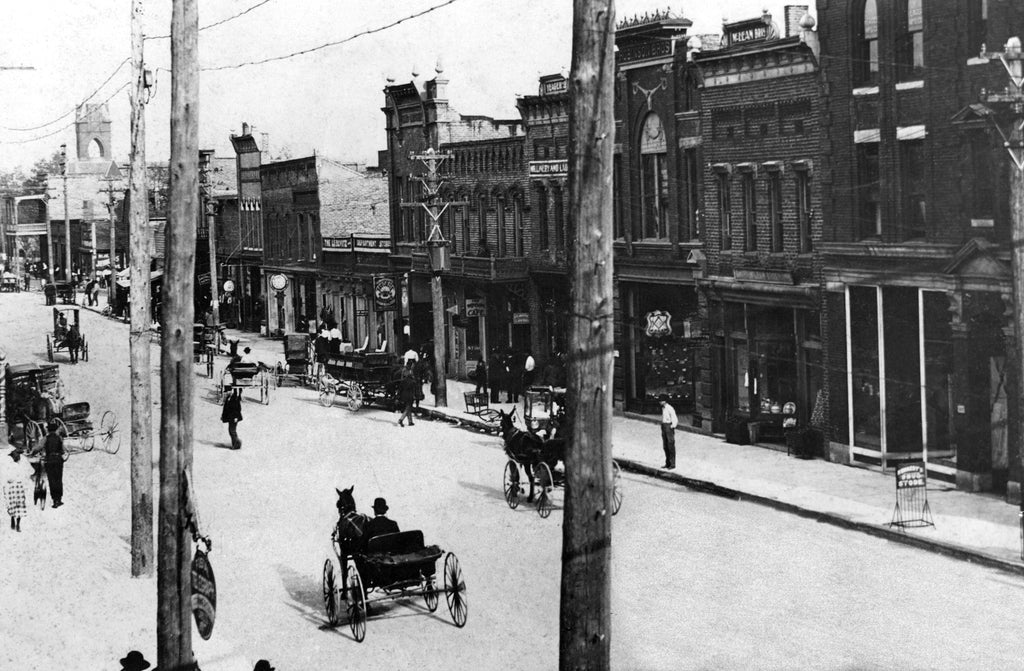 Main Street, Gastonia, 1900. -- Courtesy Gaston County Museum of Art and History