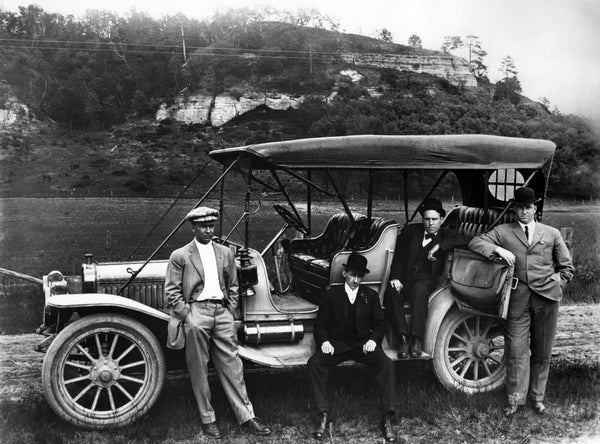 A group making a stop while on a drive near the bluffs, circa 1915. -- Courtesy University of Wisconsin-La Crosse / #8129
