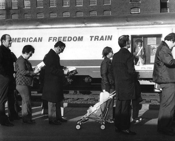 Manchester residents wait their turn to tour the American Freedom Train, April 14, 1975. -- Photo by Alan Jahn. Union Leader Archives
