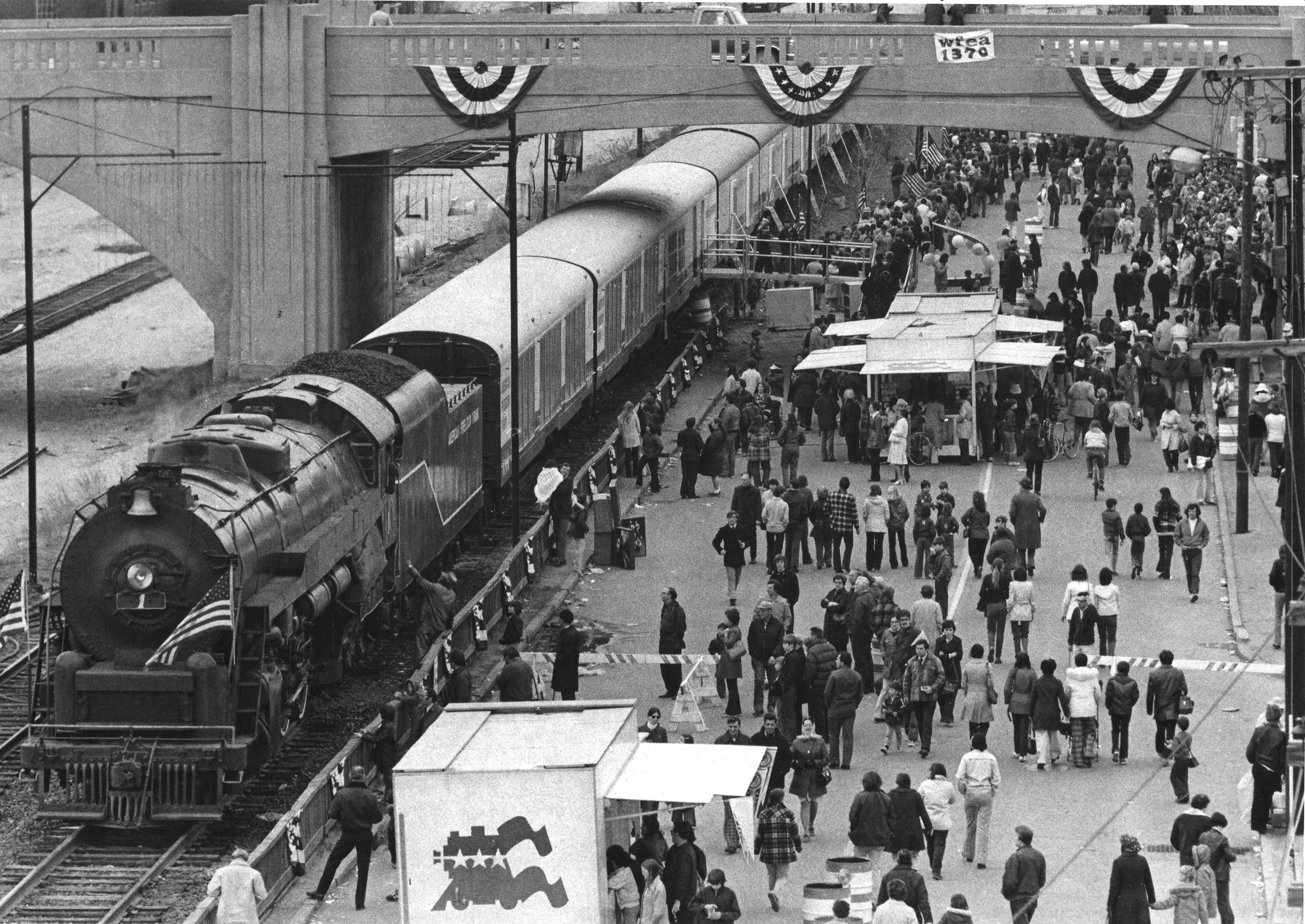 Several thousand people viewed the American Freedom Train during its two-day stopover in Manchester. Manchester was the train's fourth stop on an 18-month trip across the United States. April 16, 1975. -- Photo by Alan Jahn. Union Leader Archives
