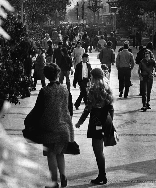 Christmas shoppers in downtown Fresno, 1972. -- THE FRESNO BEE