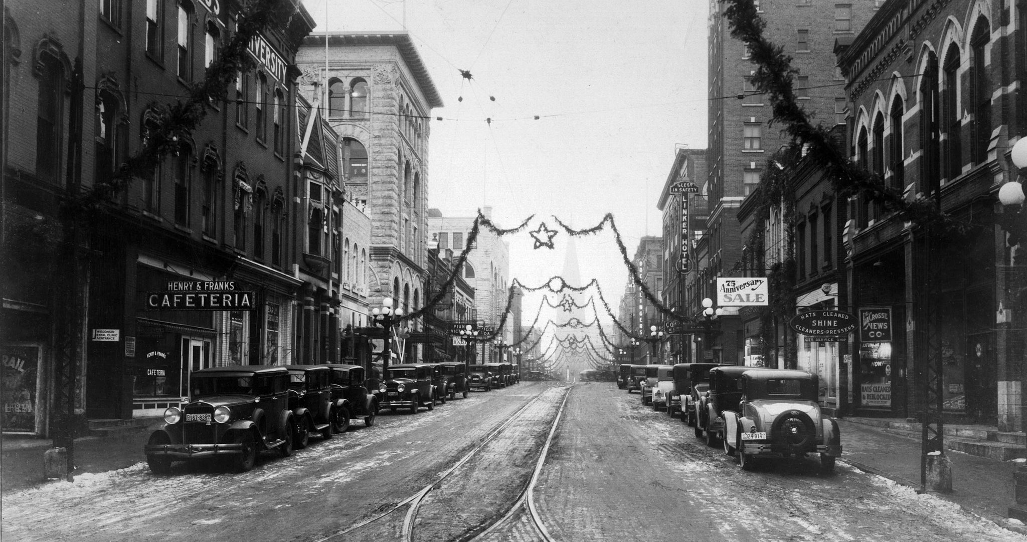 Looking east at the Christmas decorations on Main Street in 1930. -- LA CROSSE PUBLIC LIBRARY AND LA CROSSE COUNTY HISTORICAL SOCIETY / PC020-01-24-010