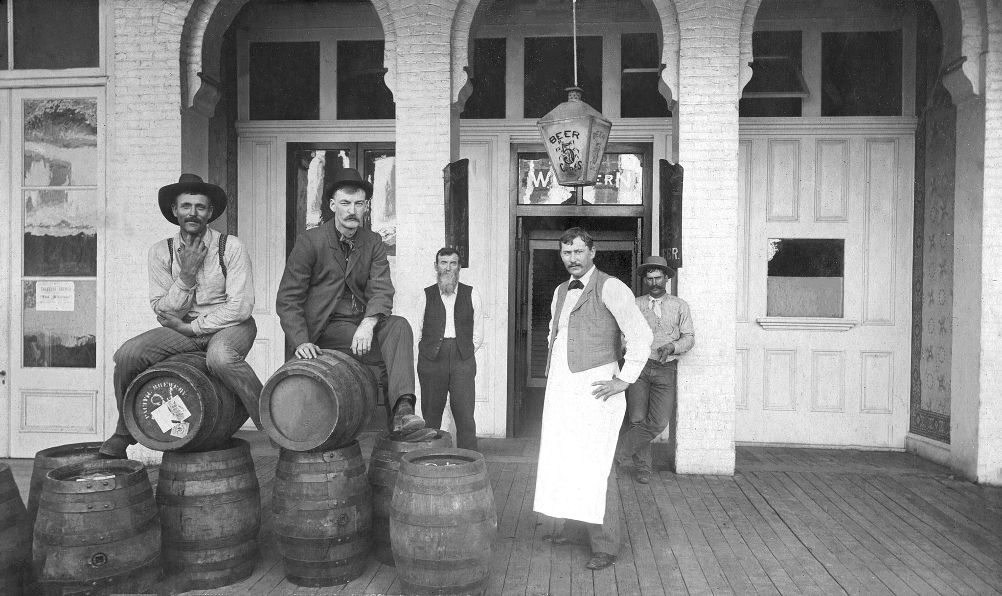 The Western Saloon at 134 Broadway, circa 1895. Henry Arend was the proprietor. -- Courtesy of Randy Taylor Collection