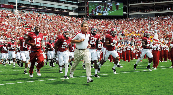 Crimson Reign: Alabama's 2011 Season and Return to the top of College Football