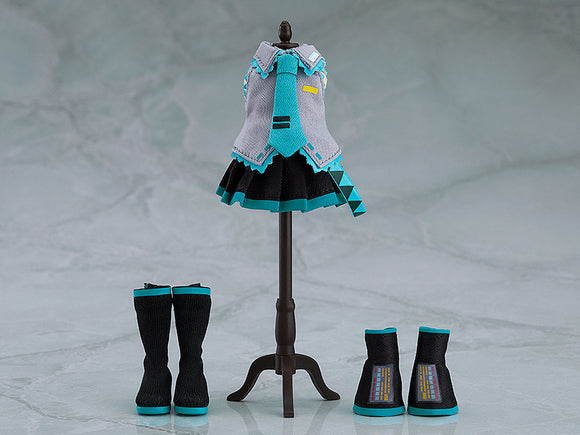 PREORDER Nendoroid Doll Outfit Set (Hatsune Miku)