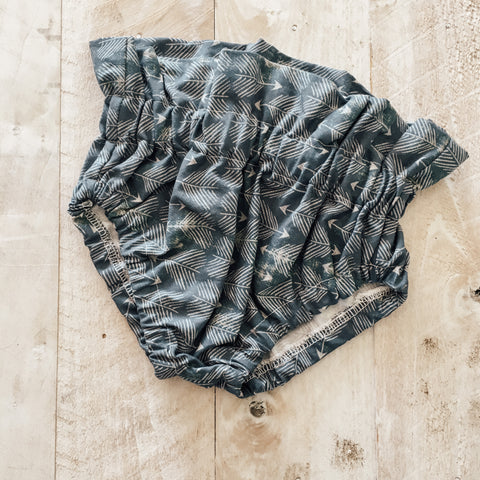 9/12m Navy Arrows Bloomers