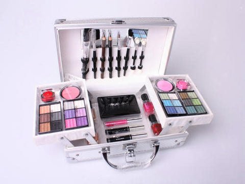 Magic Color Make-up Kit with Carry Case