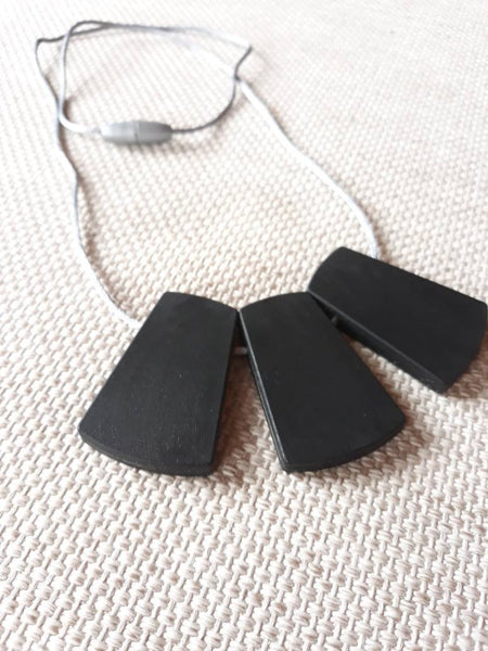 Black small chew necklace
