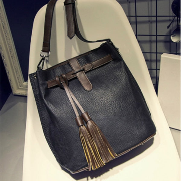 682ff24cabb9 Tinkin Women Vintage PU Shoulder Bag Female Retro Daily Messenger Bag All-match  Shopping Bucket