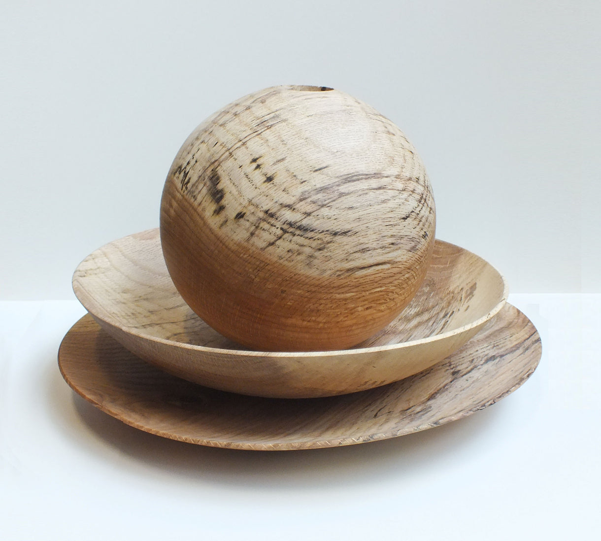 collab: bowls in oak / available per piece