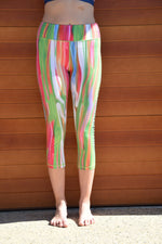 CANDY STRIPE 3/4 HIGH RISE LEGGINGS