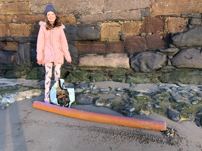 Ailsa joins the plastic-free revolution. Step 1: beach clean.