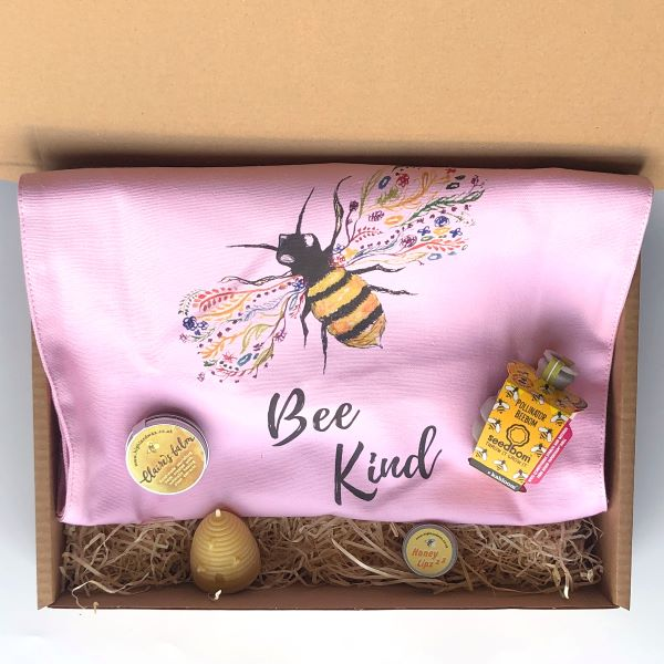 Bee Friendly gift set option 1