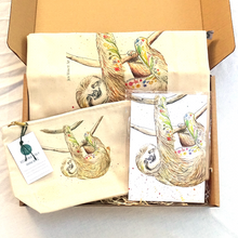 Load image into Gallery viewer, Eco-friendly bag and notepad gift set Sophie the Sloth