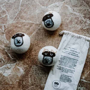 Eco-friendly wool dryer balls and bag