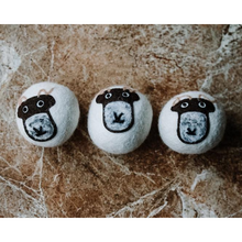 Load image into Gallery viewer, Eco-friendly wool dryer balls three