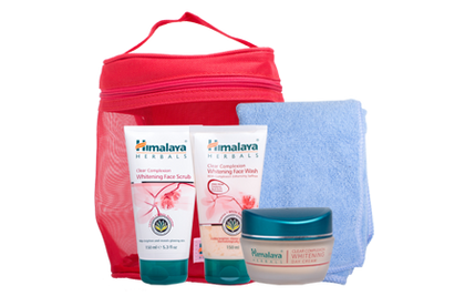 Himalaya Whitening Regime With Bag Skin Care Set