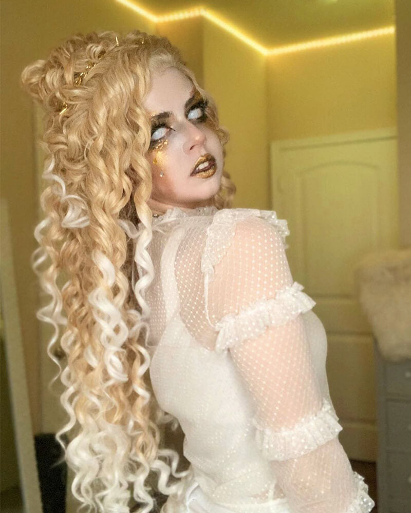 Blonde Ombre Curly Synthetic Lace Front Wig WW153