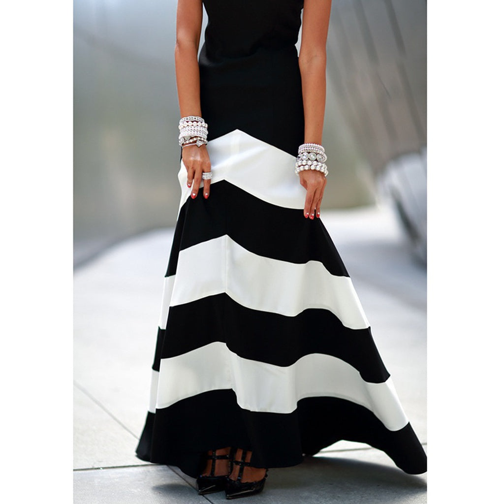 Women Black and White Striped Sleeveless Slim Fit Long Loose Evening Dress