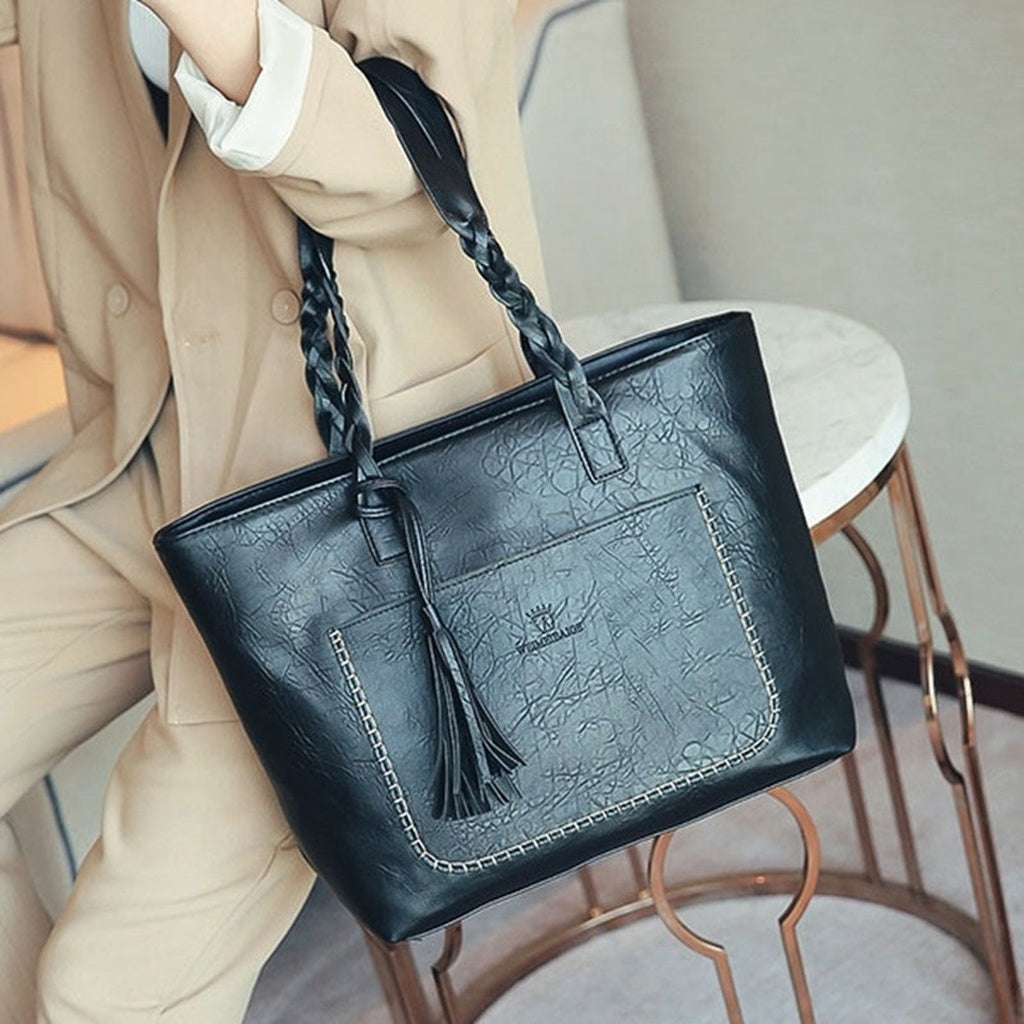 Large Capacity Women Messenger Bags Vintage Shoulder Tote Bags Casual Tassel Leather Handbags