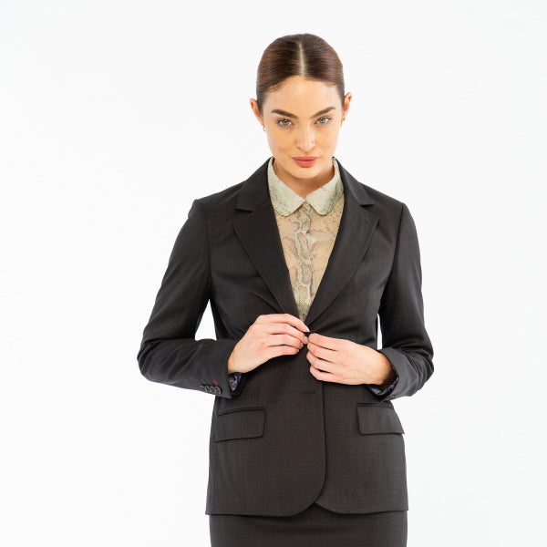 Dressing Appropriately For The Office - 8 Things You Shouldn't Do