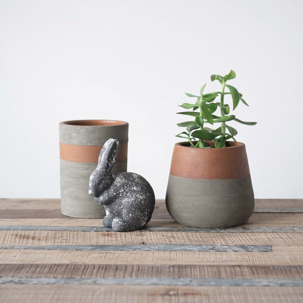 Cement Rabbit, Distressed Black Finish