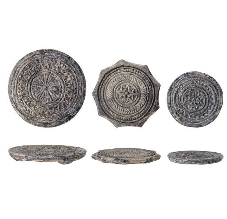 NEW Round Found Carved Stone Biscuit Mould, Black with Whitewashed Finish (Each Varies)