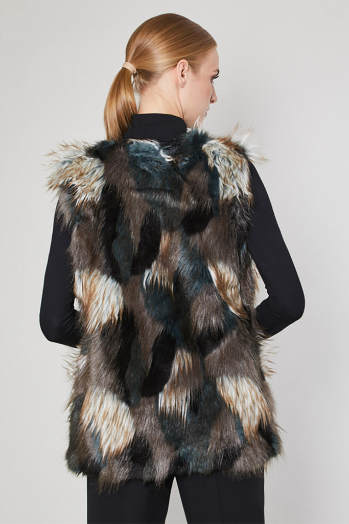 Gilet model 123567 Click Fashion
