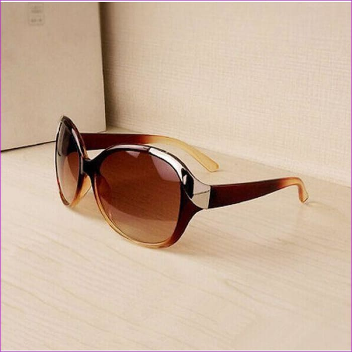 2015 High Quality Women Sunglasses Luxury Fashion Summer Sun Glasses Womens Vintage Sunglass Goggles Eyeglasses R167 - Brown - Sun Glasses
