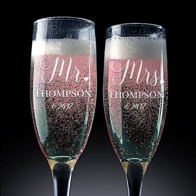 Mr and Mrs Personalized  Champagne Flutes Wedding Toasting Flutes Wedding Champagne Flutes