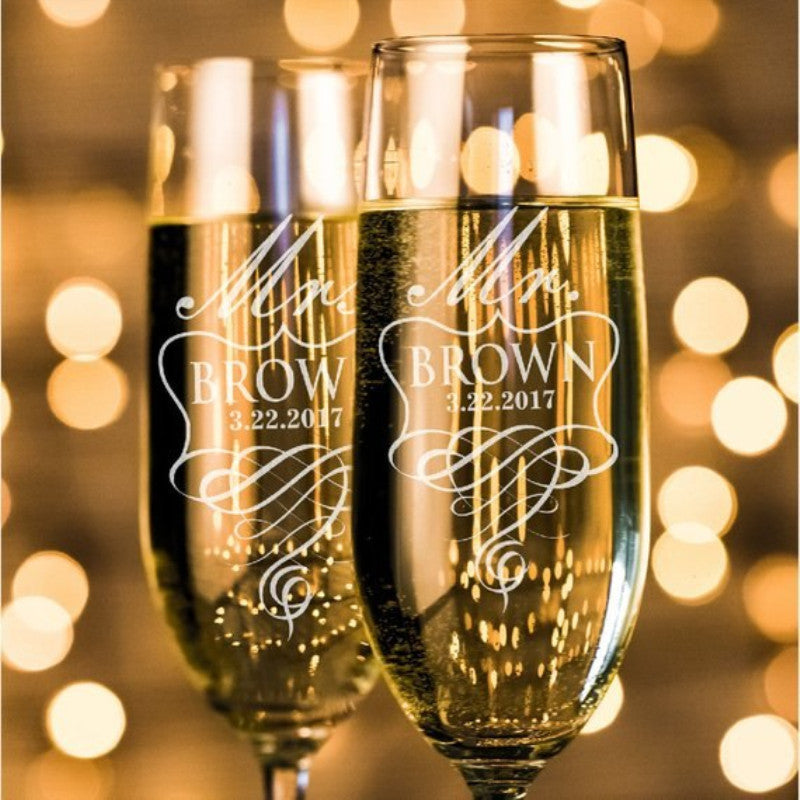 Bride and Groom Personalized Toasting Glasses Wedding Champagne Flutes Champagne Glasses