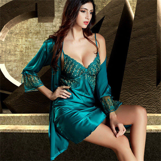 Emerald Color Lace Embroidery Two-Piece V-Neck Set Satin Silk