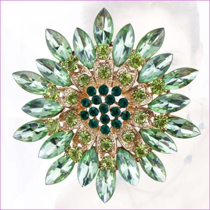 WEIMANJINGDIAN Beautiful Assorted Colors Crystal Daisy Flower Fashion Brooch Pins for Women - green - Brooch Brooch