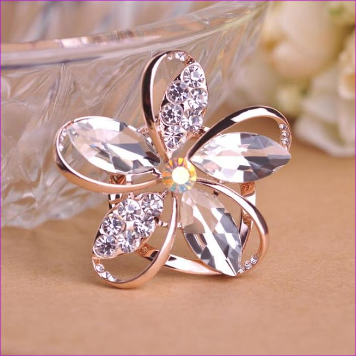 Zircon Blucome Gorgeous Blue Crystal Flower Brooch Pin Clips - white - Brooch