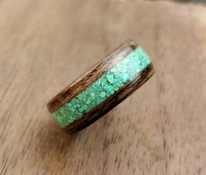 Walnut Bentwood Ring with Dyed Magnesite Inlay
