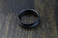 Load image into Gallery viewer, Black Ceramic Ring Blank 6mm - 8mm