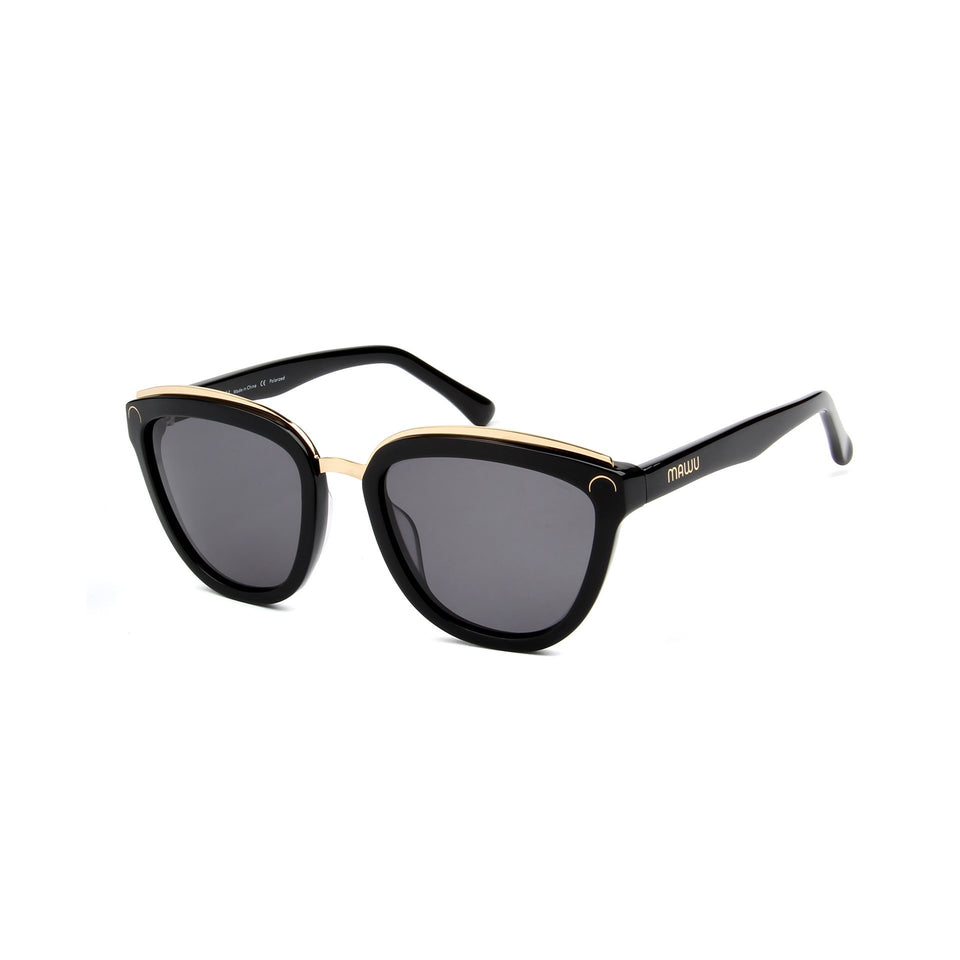 Amelie Jet Black - Angle View - Grey lens - Mawu Sunglasses