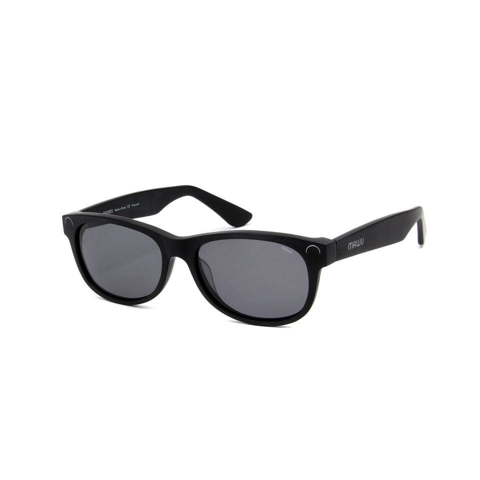 Maiao Matte Black - Angle View - Grey lens - Mawu sunglasses
