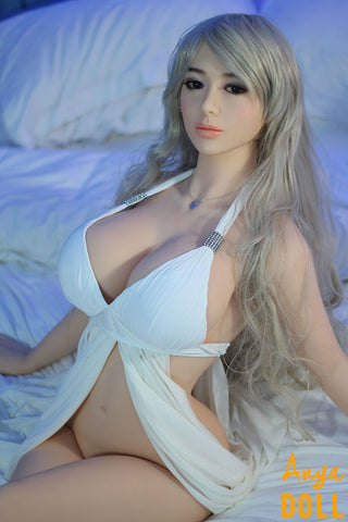 products/158cm_D_Cup_Realistic_Lifelike_Sex_Dolls_Edwina_2.jpg