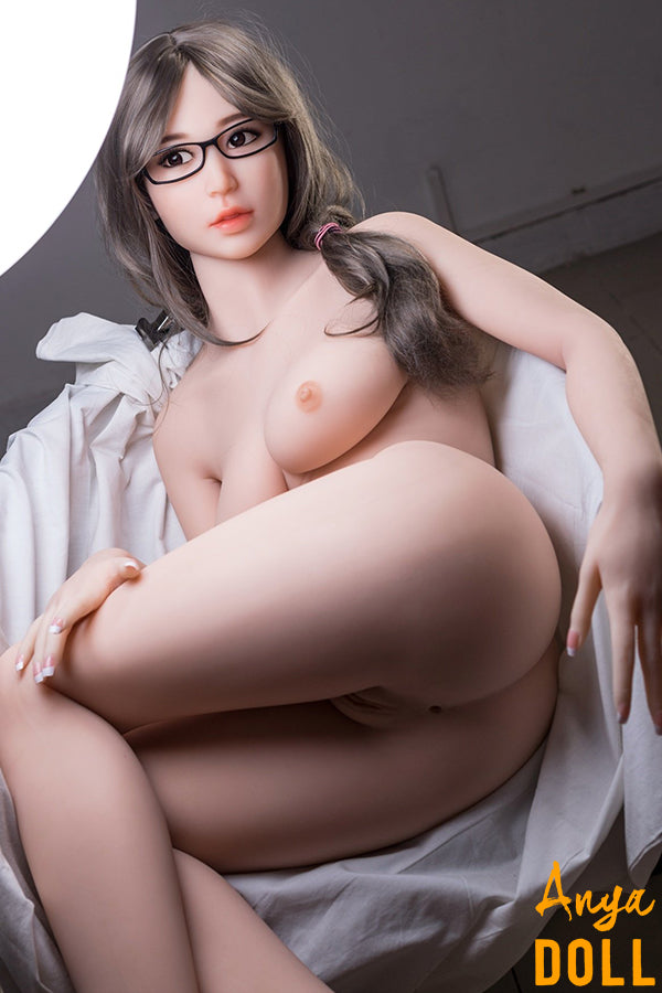 163cm Hottest Small Chest Sex Doll With Transparent Stocking Lulu