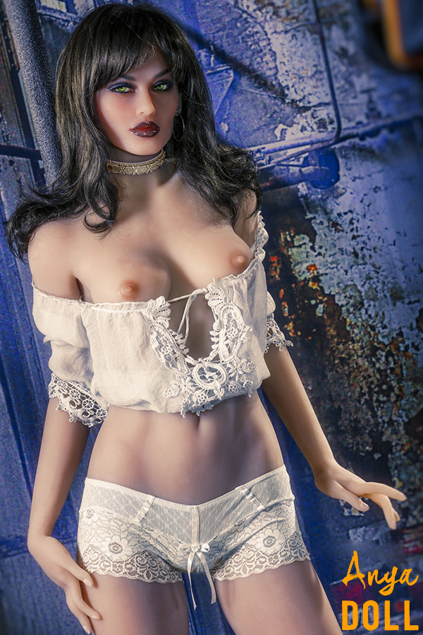 small chest sex doll