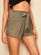 Load image into Gallery viewer, Grommet Tie Waist Shorts