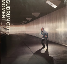 Load image into Gallery viewer, Gudrun Gut - Moment (LP ALBUM)