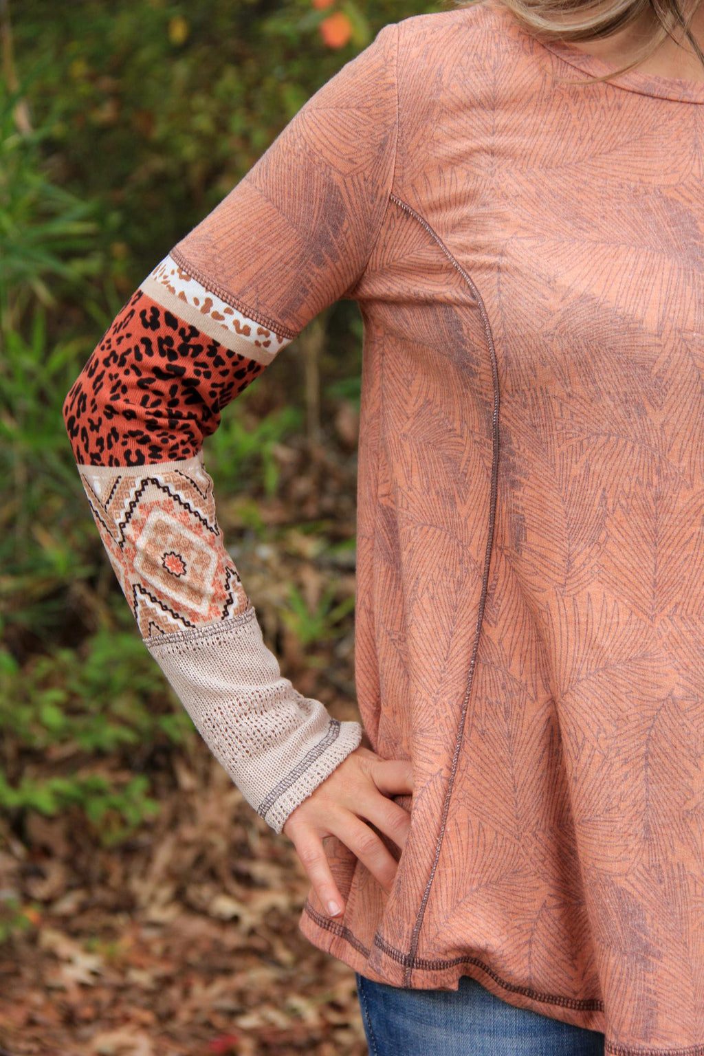 Palm Leaf Top W/Pattern Block Sleeves