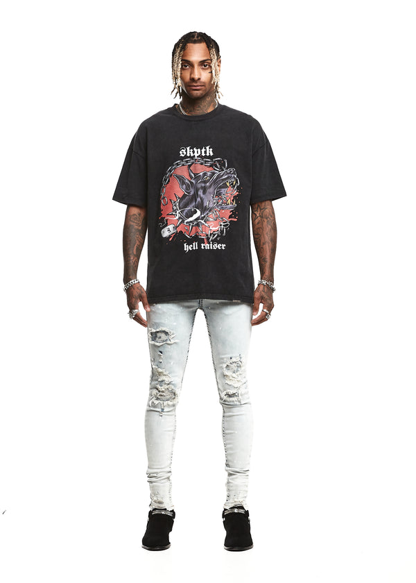 HELL RAISER TEE - WORN BLACK