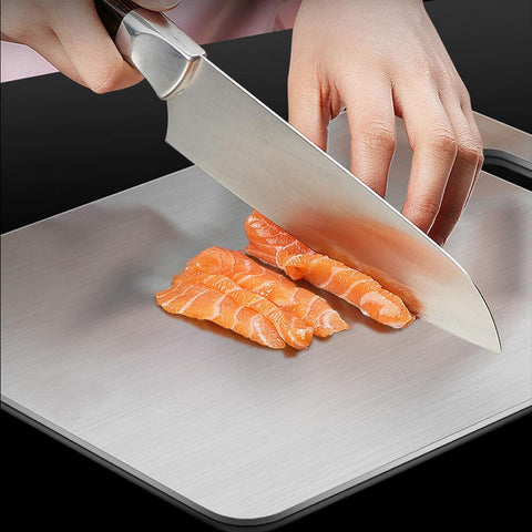 The Best Cutting Board for Your Kitchen Knives