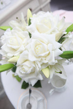COTE NOIRE - LUXURY LILIES & ROSES - IVORY WHITE - SILVER BADGE - BLACK BOX - LRL01